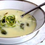 Aspargessuppe på friske asparges