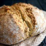 Hurtigt groft brød uden gær
