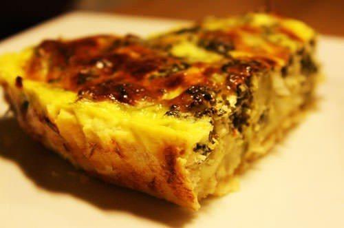 Tærte med broccoli, spinat og feta