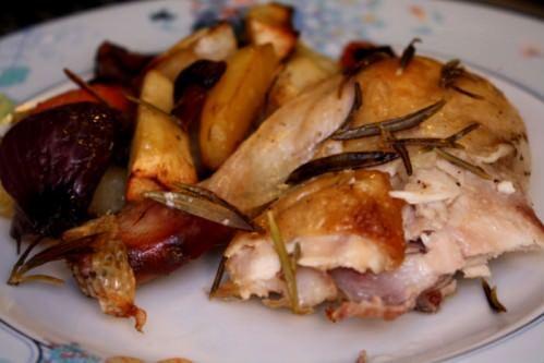 Rustik efterårsmad | hel, ovnstegt kylling med rodfrugter