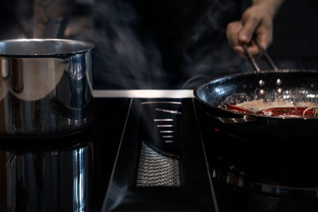 Et farvel til stegeos i køkkenet